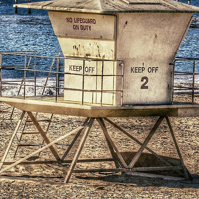 Photograph - California Lifeguard Shack by Bill Owen