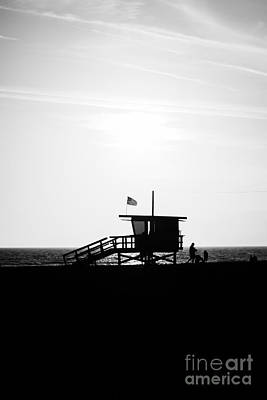 Los Angeles County Photograph - California Lifeguard Stand In Black And White by Paul Velgos