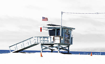 Photograph - California Lifeguard Tower by Yvonne Haugen