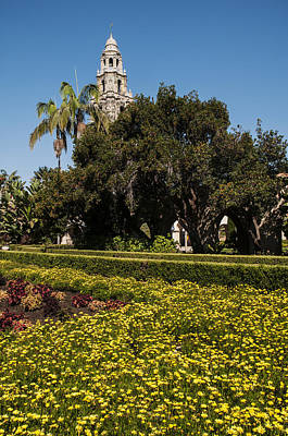 Photograph - California Tower And Alcazar Gardens At Balboa Park by Lee Kirchhevel
