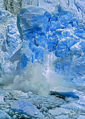 Digital Art - Calving Glacier by Rudi Prott