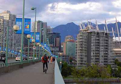 Photograph - Cambie Bridge 2 by Laurie Tsemak