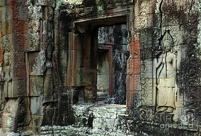 Carving In Stone Photograph - Cambodia Angkor Wat 4 by Bob Christopher