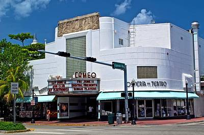 Photograph - Cameo Theater by Ricardo J Ruiz de Porras