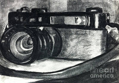 Vintage Camera Drawing - Camera In Charcoal by Wendy Barrish