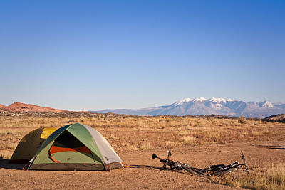 Camping In The Desert Art Print