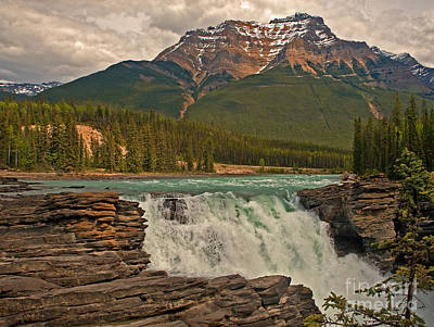 Photograph - Canadian Falls by Robert Pilkington