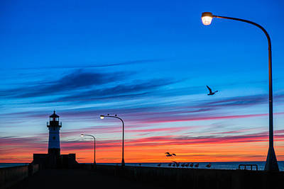 Photograph - Canal Park Sunrise by Mark Goodman