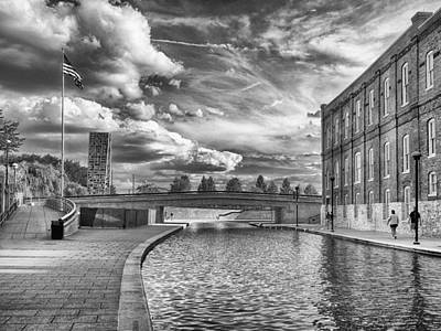 Photograph - Canal Walk by Howard Salmon