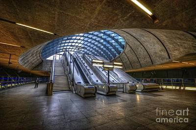 Subway Art Photograph - Canary Wharf 1.0 by Yhun Suarez