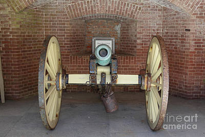 Bay Area Photograph - Cannon At San Francisco Fort Point 5d21490 by Wingsdomain Art and Photography