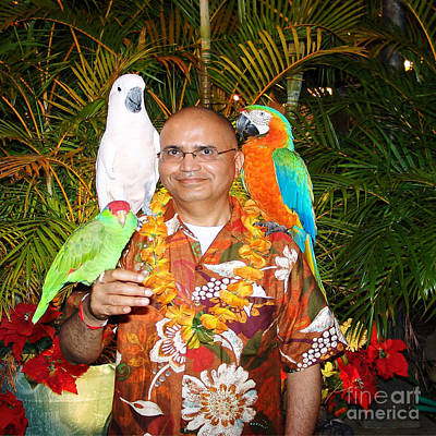 Happiness Painting - Can't Get Brighter Than This  Artist Navinjoshi In Hawaii Travel Vacations With Trained Parrots By P by Navin Joshi