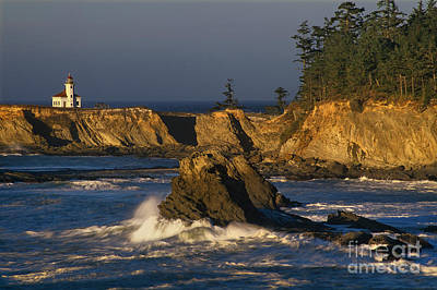 Photograph - Cape Arago Lighthouse At Sunset Charleston Oregon by Dave Welling