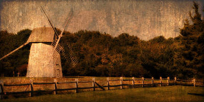 Photograph - Cape Cod Windmill by Renee Hong