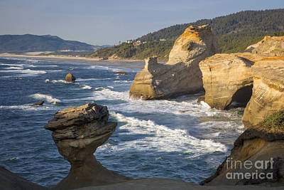 Photograph - Cape Kiwanda Rocks by Brian Jannsen