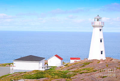 Photograph - Cape Spears Lighthouse by Les Palenik