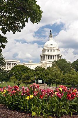 Capitol Buildingwashington Dc And Flower Garden Art Print