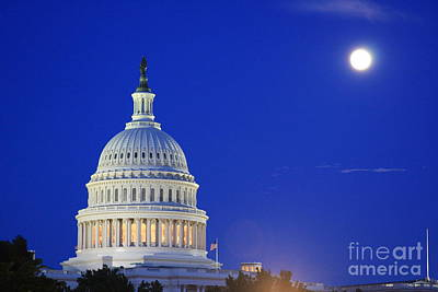 Photograph - Capitol Moon by Andrew Romer