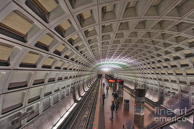 Photograph - Capitol Subway Station Platform Washington Dc by David Zanzinger