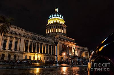 Photograph - Capitolio Habanero by Jose  Rey