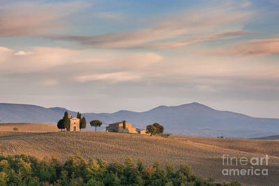 Madonnas Photograph - Shades Of Tuscany by Rod McLean