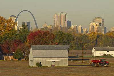 Jefferson National Expansion Memorial Photograph - Carls Barn And The Arch by Garry McMichael