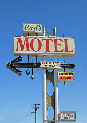 Rosamond California Photograph - Carl's Motel by Charlette Miller