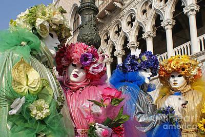 Photograph - Carnevale Di Venezia 16 by Rudi Prott