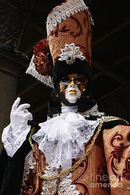 Photograph - Carnevale Di Venezia 5 by Rudi Prott
