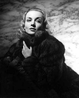 Carole Lombard Photograph - Carole Lombard by Silver Screen