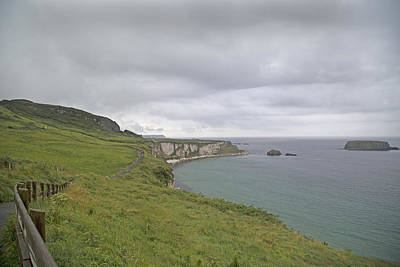 Redes Photograph - Carrick-a-rede Path Ireland by Betsy Knapp