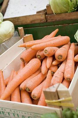 Carrots In Crate At A Market Art Print