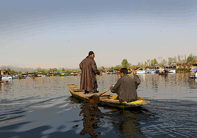 Cartoon - Kashmiri Men Plying A Wooden Boat In The Dal Lake In Srinagar Art Print