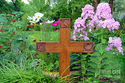 Photograph - Carved Cross By George Wood by Karen Adams