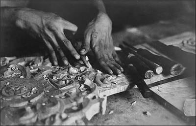 Photograph - Carving Hands - Renato by Glenn Bautista