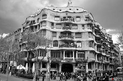 Photograph - Casa Mila by Andrew Dinh