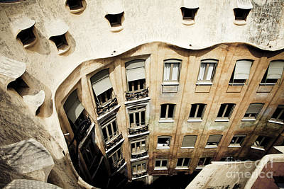 Photograph - Casa Mila No.1 by RicharD Murphy