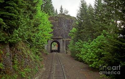 Photograph - Cascades Tunnel 15 by James B Toy