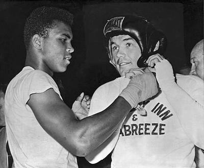 Cassius Clay And Johansson Art Print by Underwood Archives