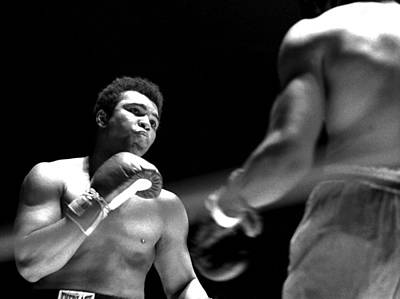 Photograph - Cassius Clay - Look Out by Robert  Rodvik