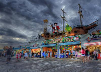 Ocean City Nj Photograph - Castaway Cove by Lori Deiter