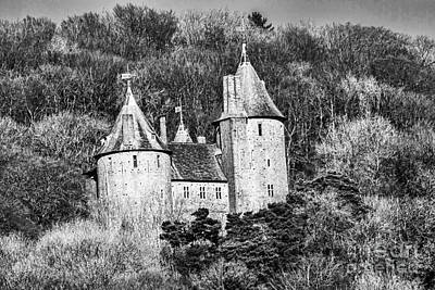 Photograph - Castell Coch Mono by Steve Purnell