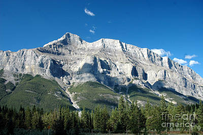917a Castle Cliffs Canada Art Print