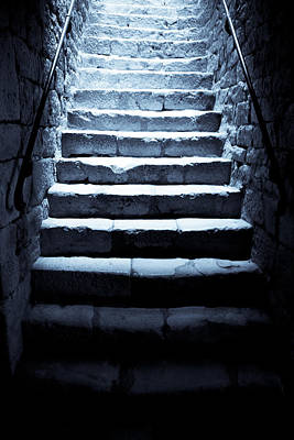Stone Buildings Photograph - Castle Dungeon Steps by Georgia Fowler