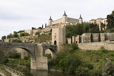 Photograph - Castle Entrance To Ancient Toledo by Lorraine Devon Wilke