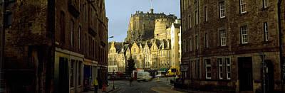 Edinburgh Castle Photograph - Castle In A City, Edinburgh Castle by Panoramic Images