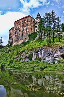Castle In Pieskowa Skala Art Print by Mariola Bitner