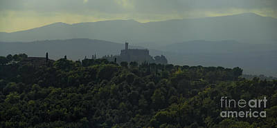 Castle In Tuscany Italy Print by Robert Leon