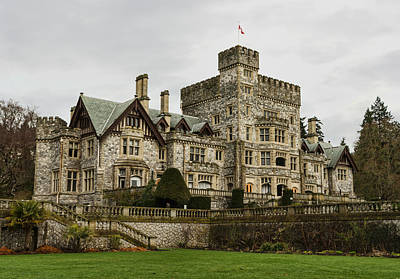 Photograph - Hatley Castle by Marilyn Wilson
