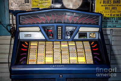 Photograph - Cathead Juke Box - Blue Front Cafe by T Lowry Wilson